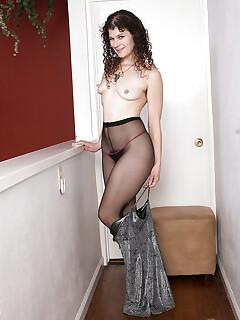 Hairy Undressing Pics